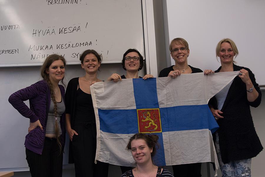 Schüler des Kurses inklusive mir. finnisch lernen