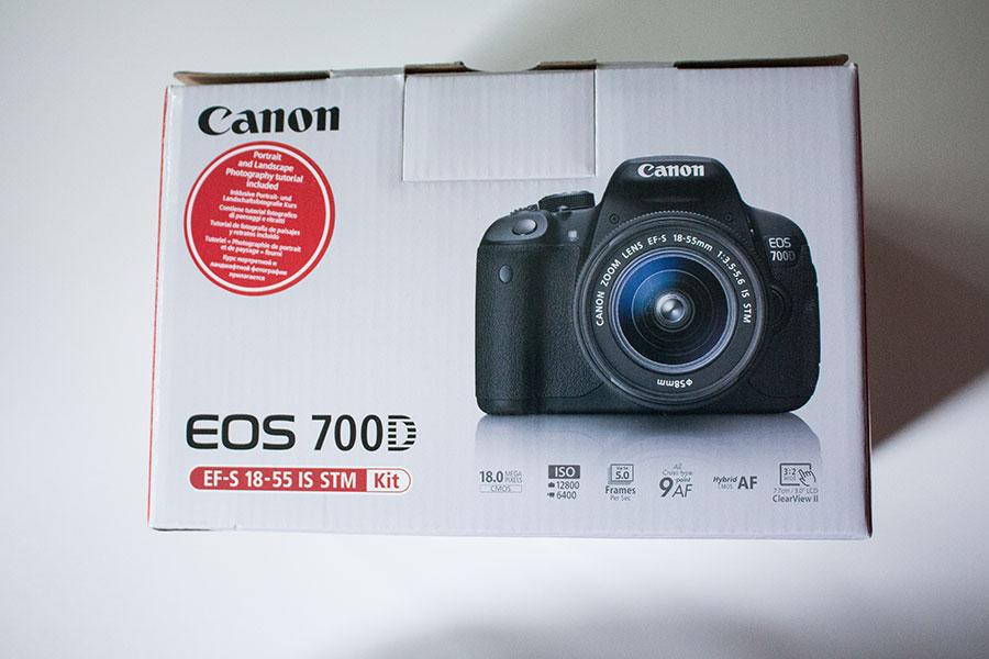 Kamera Karton von der Seite