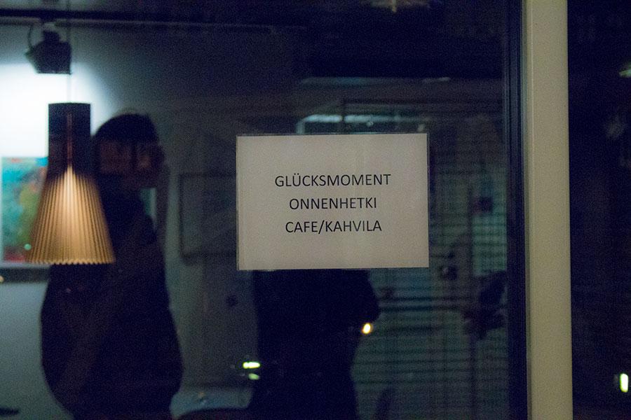 Schild in finnischen Seemannskirche
