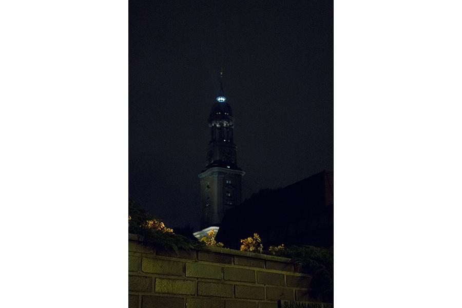 Der Michel bei Nacht