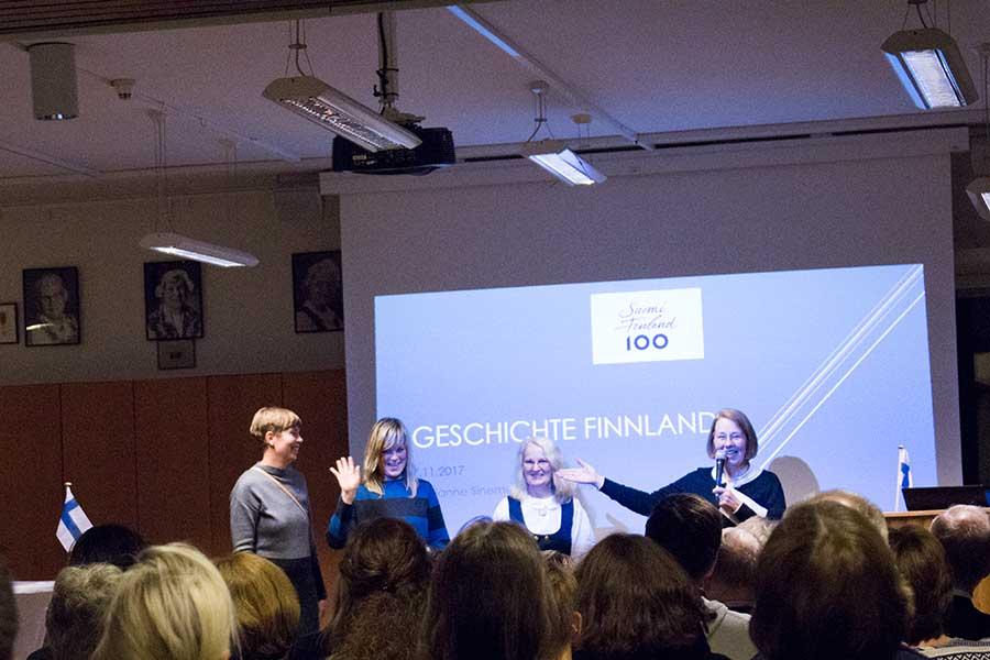 Finnischlehrerinnen werden vorgestellt