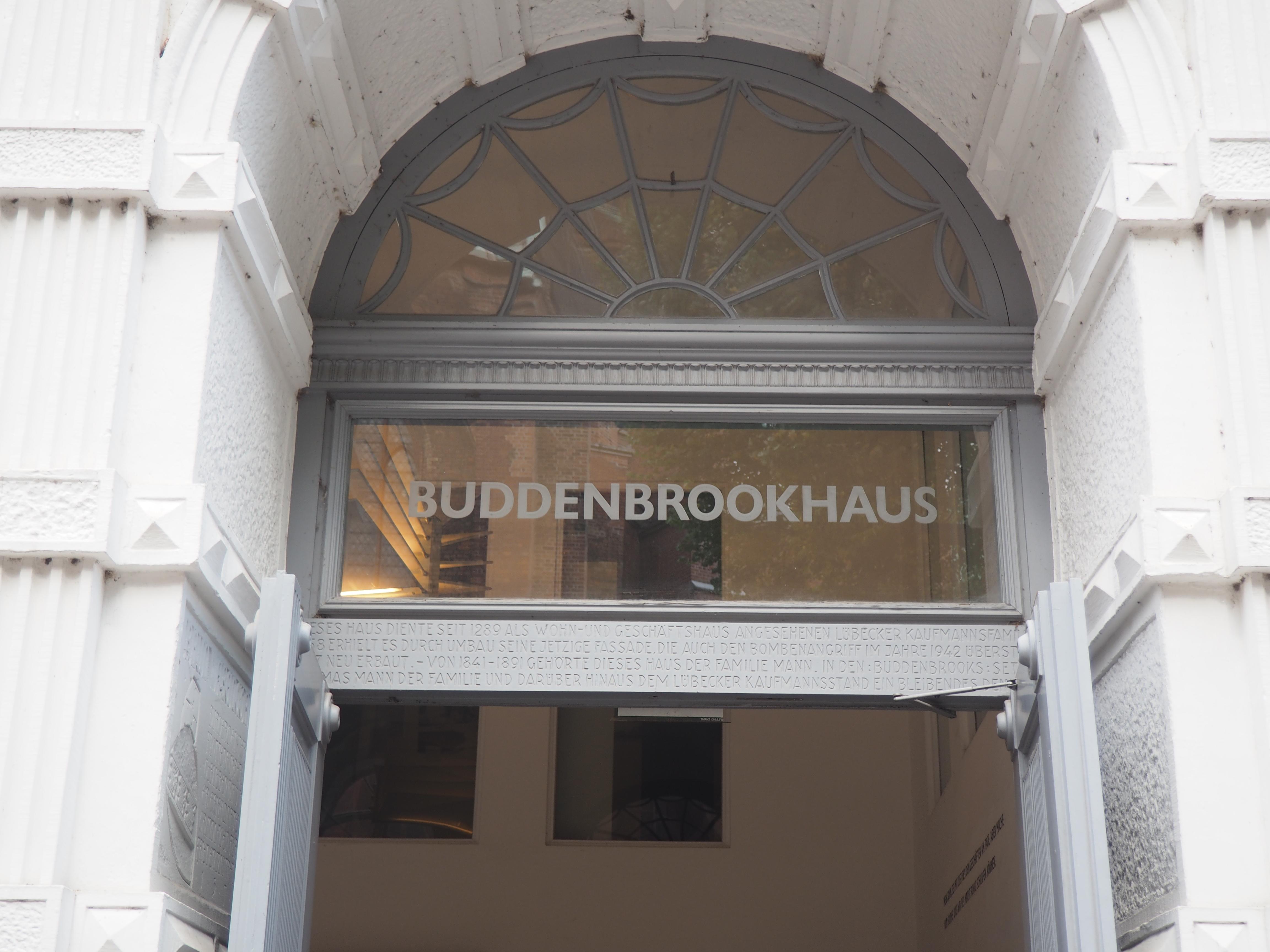Wenn man schonmal in Lübeck ist, kann man da auch mal dran vorbei gehen ;)